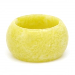 Serpentine jaune, Anneau en pierre